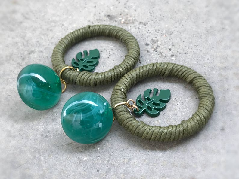 circle earrings banana leaves CSA tropical large green button Style Emerald