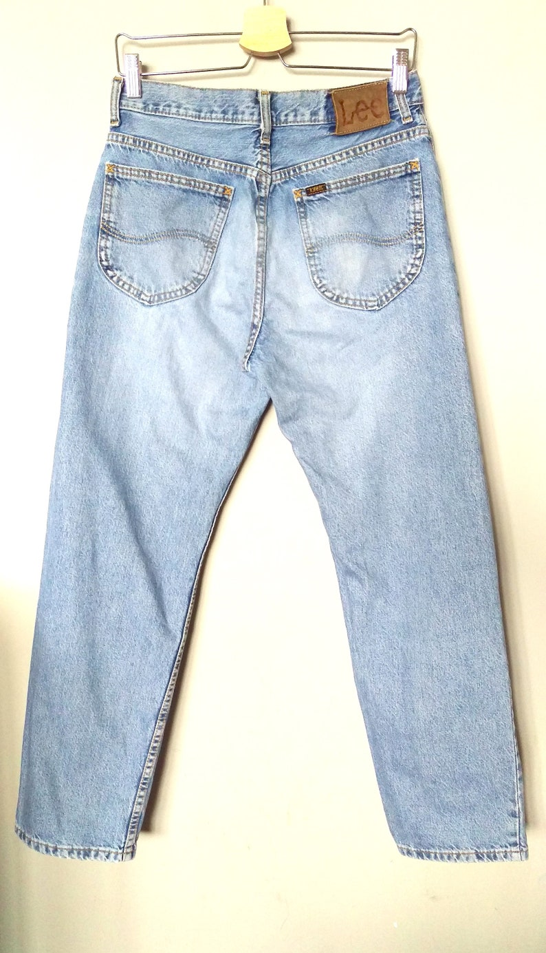 bc6fb5d5e808 Vintage años 90 pierna recta luz-lavado de jeans/botón-fly jeans/Lee denim  de mediana altura pantalones/90 de Lee azul piedra de lavar los ...