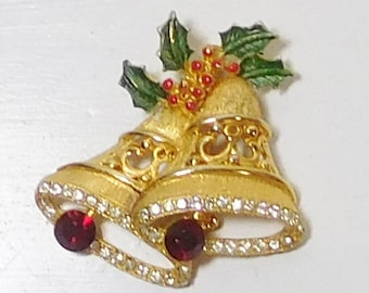Christmas Brooch, Bells Rhinestones, Painted Metal, Garnet Rhinestones, Vintage Costume Jewelry, Holiday Jewelry, Gold Tone Rhinestones, 70s