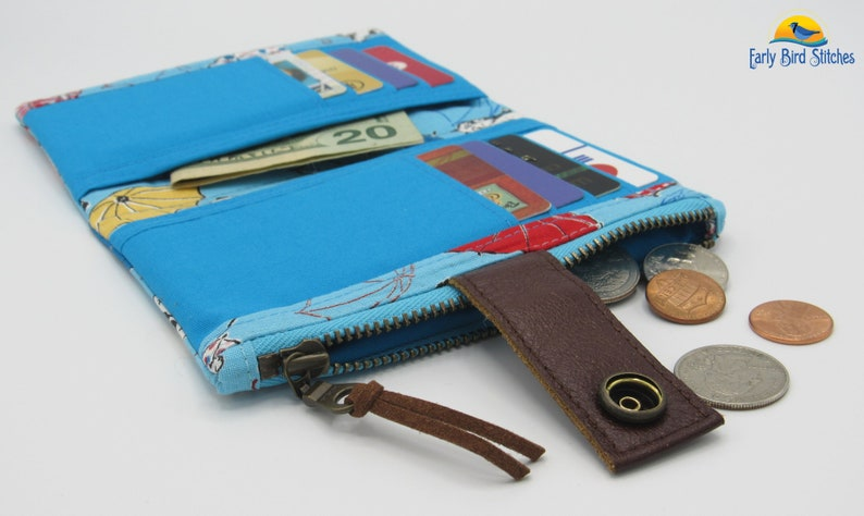 Antique Brass Hardware Recycled Leather Cat Kitty Kittens /& Umbrellas on Blue Essex Wallet w Zipper Pocket and Credit CardCash Pockets