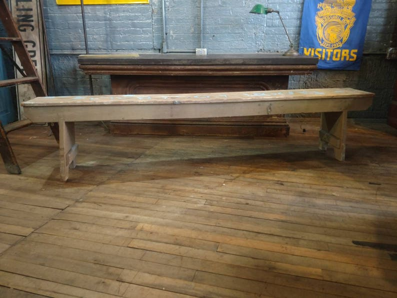 Awe Inspiring 1930S Wooden Gym Bench From Bloom Highschool Cincinnati Ohio Football Primitive Painted Kitchen Mudroom Porch Bucket Bench Theyellowbook Wood Chair Design Ideas Theyellowbookinfo