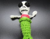 Skeleton Mermaid Plush, Dia de los Muertos Toy, Tiny Skeleton Mermaid Doll