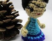 Frida Kahlo Doll Keychain, Tiny Mexican Doll, Crochet Custom Toy, Mexican Artist Icon