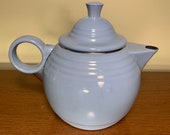 Copco Vintage Post 86 Periwinkle blue Fiestaware enamel metal tea kettle very good condition