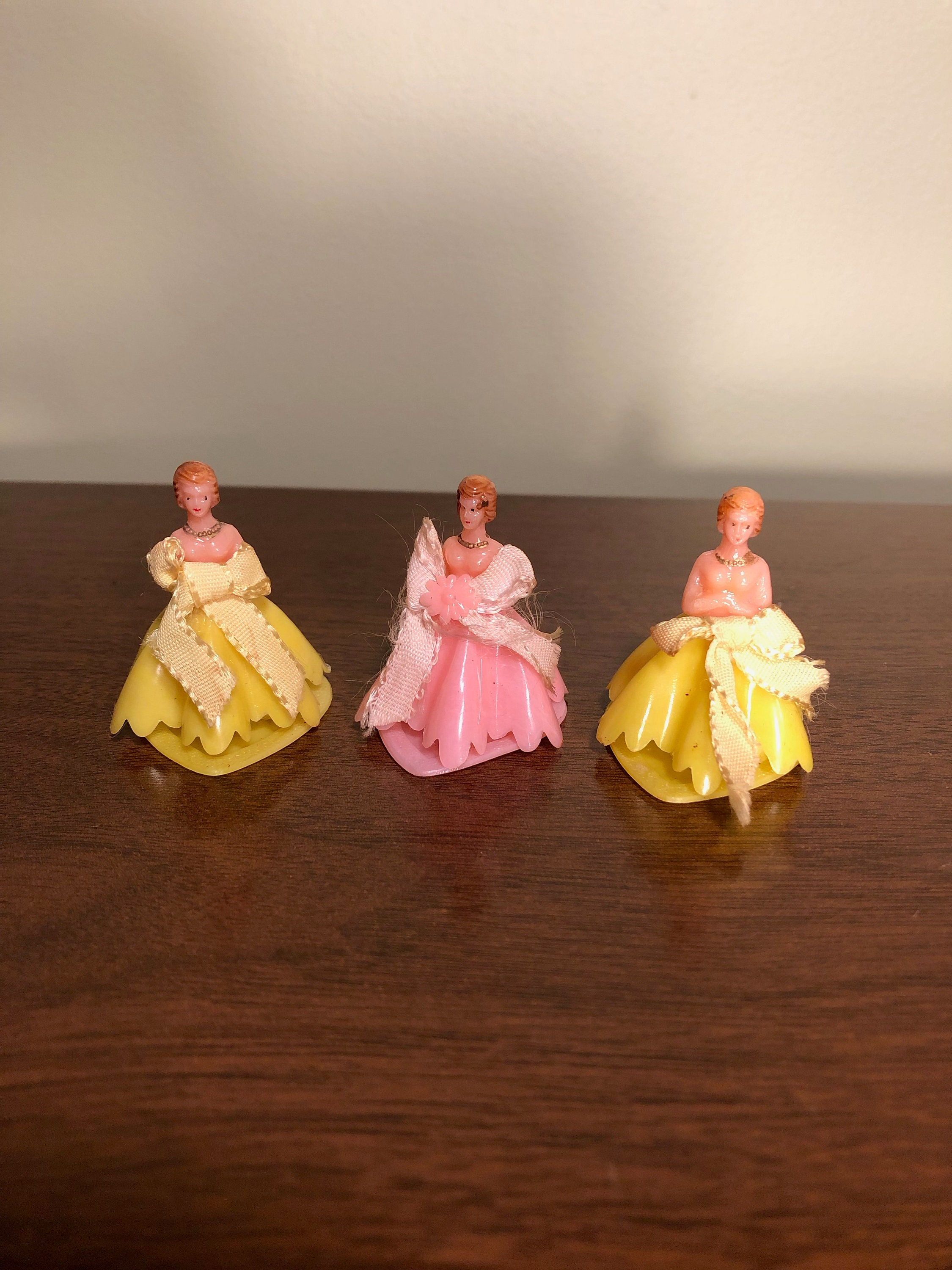 Set Of 3 Bridesmaids Plastic Wedding Cake Toppers 60 S Etsy