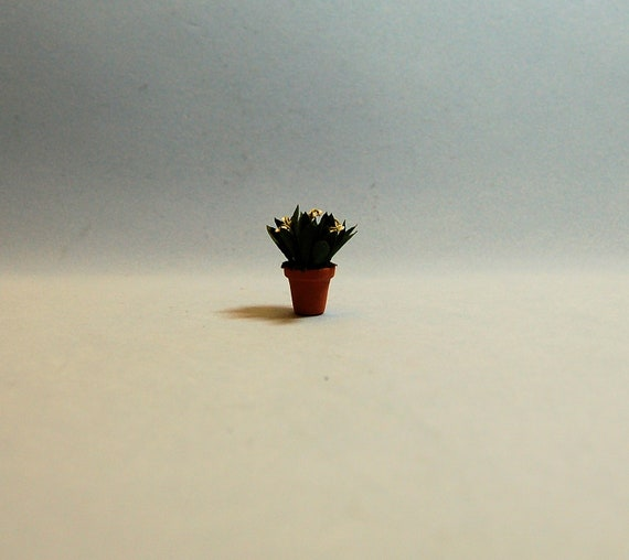 Dollhouse miniature DIY 1//2 scale laser cut geranium flowers