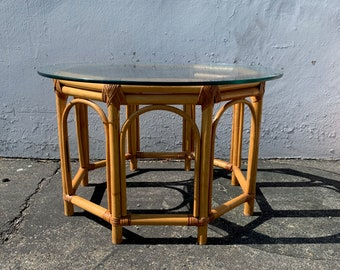 Boho Rattan Coffee / Side Table Bohemian Chic Style Accent Stand Chippendale Chinese Bamboo Palm Beach Chinoiserie Hollywood Regency Beach
