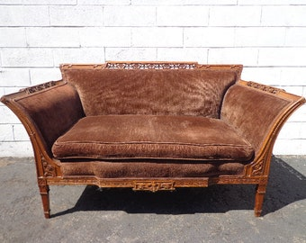 Antique Loveseat Chasie Lounge Sofa Settee Victorian Velvet Chair Baroque Rococo French Provincial France Lounge Bedroom Hollywood Regency