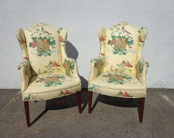 Pair of Chairs Traditional Wingback Armchairs Chair Seating Vintage Wing Back Fan Tufted Lounge Mid Century Modern English Set High Back