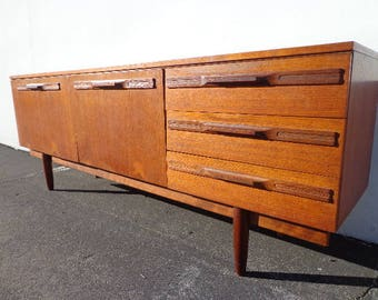 Mid Century Modern Danish Style TV Media Console Sideboard Furniture Cabinet Buffet Server Sideboard MCM Storage Eames Teak Credenza Bar Car