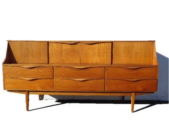 Mid Century Modern Danish TV Media Console Sideboard Furniture Cabinet Buffet Server Sideboard MCM Storage Eames Teak Credenza Bar Cart