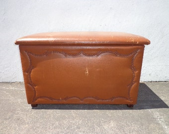 Trunk Vintage Storage Rustic Steamer Coffee Table Hope Chest Blanket Leather Bed Bench Wood Boho Beach Cottage Coastal Wardrobe Primitive