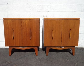 Pair of Nightstands Mid Century Danish Modern Furniture Bedside Tables Set Cabinet Credenza Storage Media Vintage Boho Chic Eames MCM Teak
