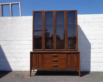 Mid Century Modern China Cabinet Broyhill Emphasis Line MCM Console Sideboard Dining Room Furniture Buffet Vintage Dresser Credenza Table