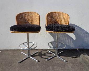 2 Bar Stools Swivel Wicker Chrome Bohemian Boho Chic Pair of Dining Chair Vintage Seating Mid Century Modern Vintage Furniture MCM Set of