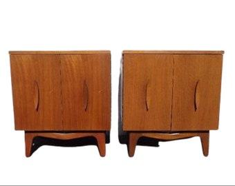 Pair of Nightstands Mid Century Danish Modern Furniture Bedside Tables Set Cabinet Credenza Storage Media Vintage Boho Chic Eames MCM Teak