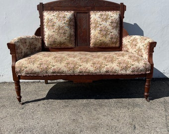 Antique Victorian Sofa Loveseat Settee French Provincial Photo Shoot Shabby Chic Seating Carved Wood Love Seat Wedding Seating Eastlake