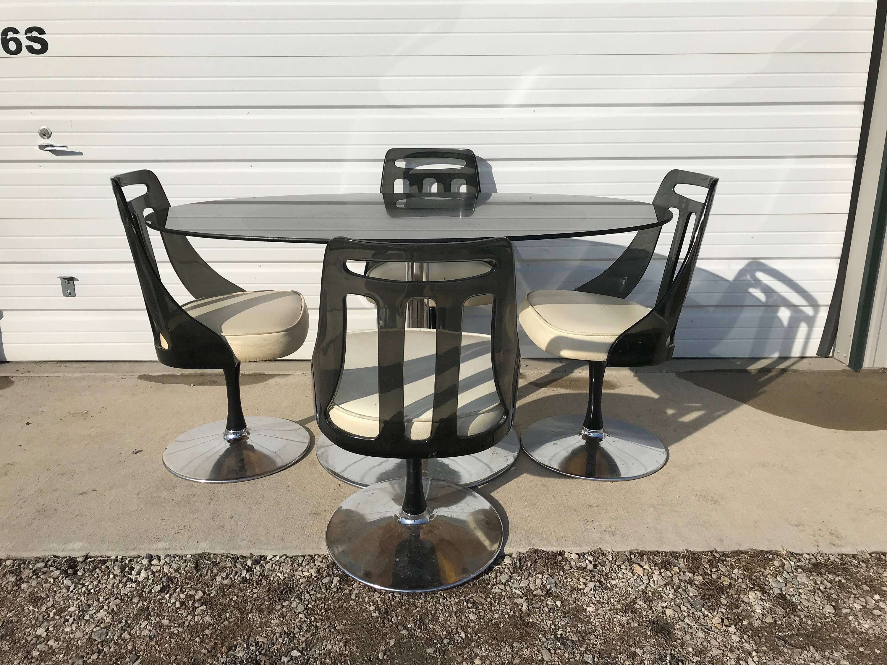 Marvelous Dining Set Tulip Table Lucite Chair Black Mid Century Modern Home Interior And Landscaping Mentranervesignezvosmurscom