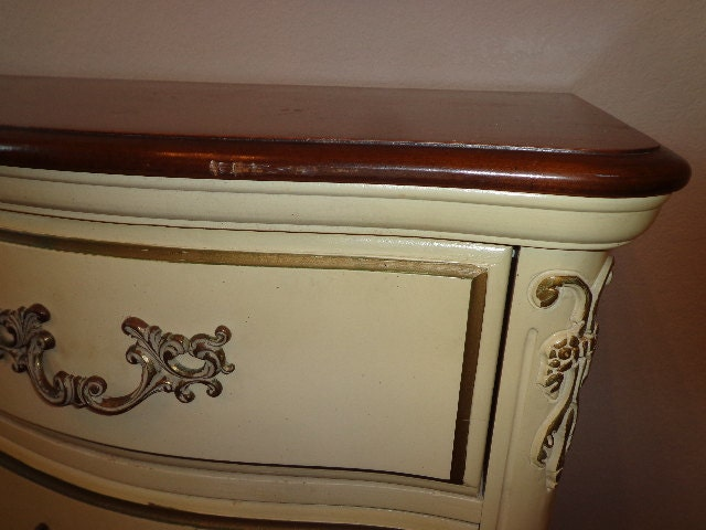 Dresser Chest Of Drawers French Provincial Vintage Media