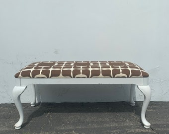 Bench Bed Vintage Vanity White Wood Seating Hollywood Glam Regency French Provincial Seating Bedroom Upholstered Boudoir Chair Chic Dining