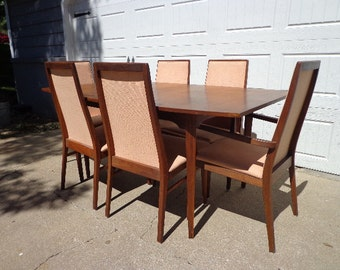 Dining Set Table Chairs Dillingham Milo Baughman Seating Mid Century Modern Danish Inspired Hollywood Regency Modern Vintage DIA Style