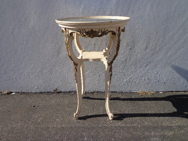 Table French Provincial Accent Side End Queen Anne Carved