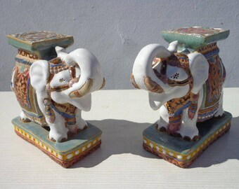 Vintage Elephant Bookends Decor Decoration Chinoiserie Asian Ceramic Palm Beach Inspired Hollywood Regency Seats Table White Gold Boho Chic
