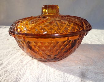 Bowl Lid Ceramic Amber Glass Pressed Vintage Serving Garnish Tray Candy Dish Barware Mid Century Decor Appetizer Dining Kitchen Utensil