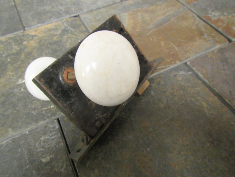 vintage White Porcelain  Door Knob and  Latch set with dead bolt    *** lot 2a