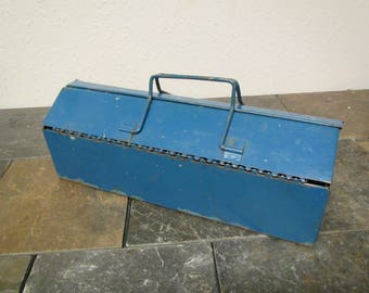 Old Blue Toolbox , Tool chest , tackle box , tackle chest, older Patina, still useable