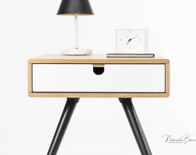 Wood nightstand / Bedside Table,  Scandinavian Mid-Century Modern Retro Style with 1 or 2 drawers, frame and legs made of oak wood