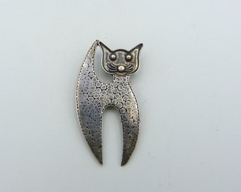 6 charms in antique silver cat. ref:2496 .