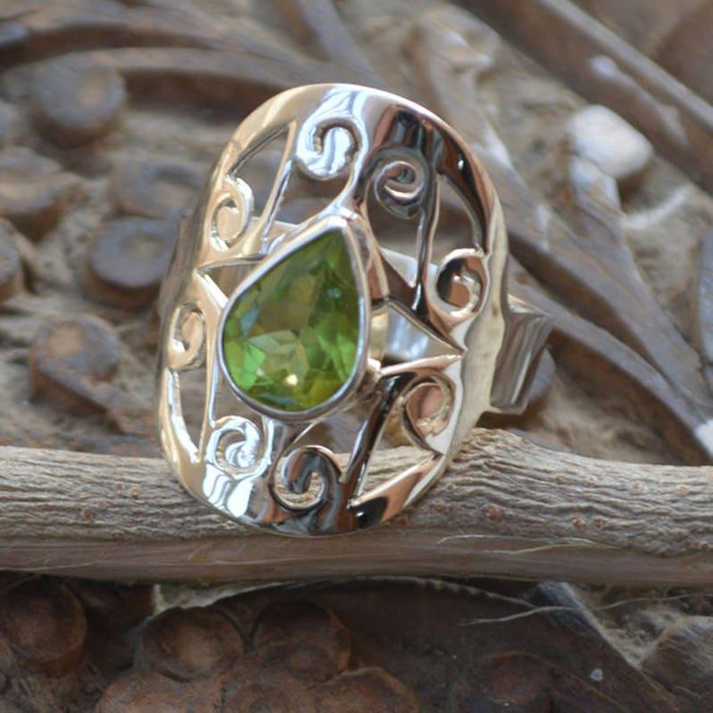 Natural Pear Shape Peridot 925 Sterling Silver Engagement Ring SZ 7