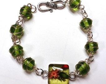 Miniature Flower Light Green Glass Bracelet, Green Link Bracelet, Resin Link