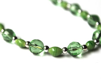 Short Green Necklace, Beaded Jewelry, 18 inches