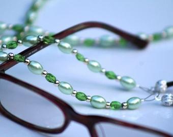 Green Eyeglass Holder, Reading Glasses Bead Lanyard, Woman's Eyeglass Chain