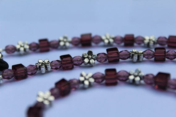 Dainty Daisy Purple Eyeglass Chain