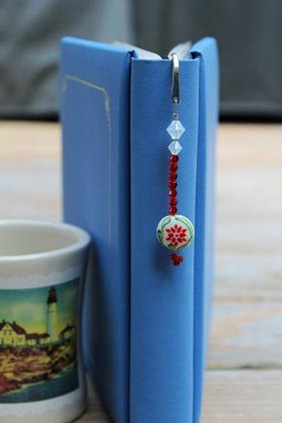 Bead Bookmark, Book Lover Gift Idea, Gift Idea for Mom, Metal Bookmarker
