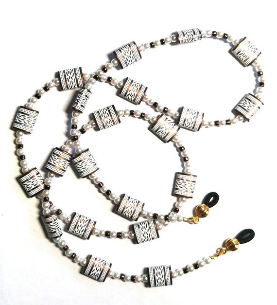 Eyeglasses Holder, Bronze Chain for Glasses, White Accessory, Reading Glasses