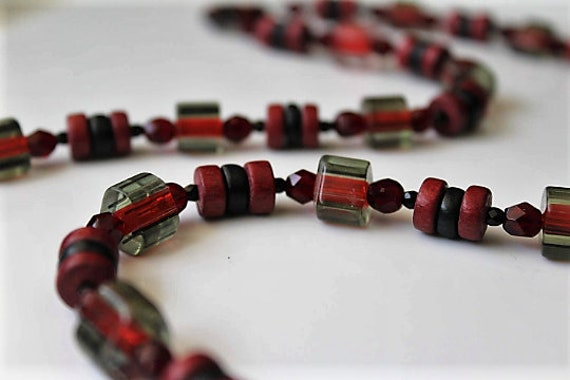 Red Bead Necklace, Long Red and Black Over the Head No Clasp Necklace, Chunky Jewelry