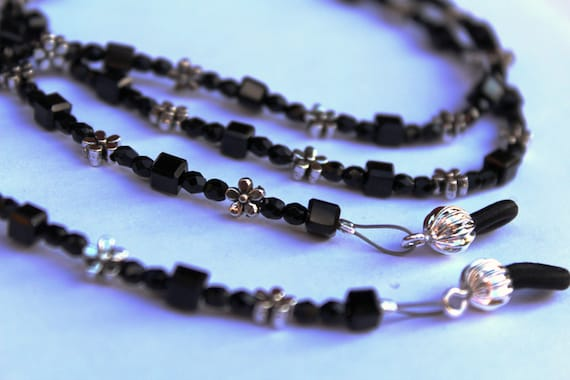 Black Eyeglass Chain, Beaded Chain for Glasses, Black and Silver Chain, Gift for Mother, Black Clothes Accessory