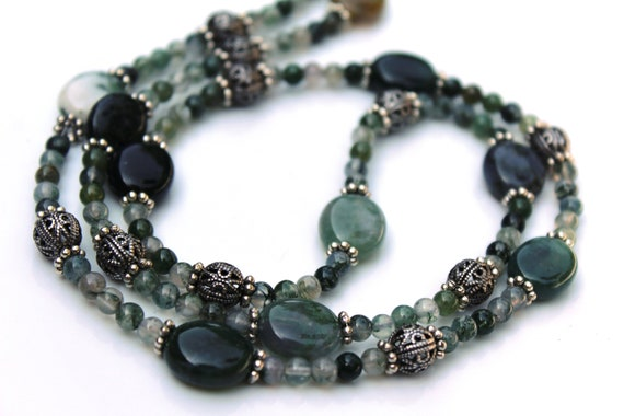 Green Agate Necklace, Moss Green Balance Necklace, Energy Healing, Green Stone Necklace