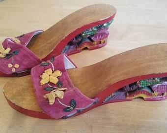 22bc2a9cd18 Vintage Handmade Japanese   Chinese Geisha   Strap Sandals   Wedge    Platform   Hand Carved Shoes