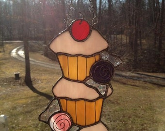 Cupcake Tower with Candies