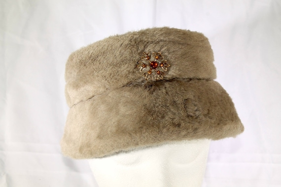 1950's Taupe Jeweled Snowflake Faux Fur Bucket Hat