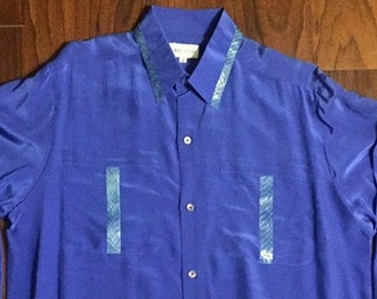 Chic 1980s / 80s Mens Vintage Playboy  Cobalt Blue 100% Silk Designer Luxury Long Sleeve Shirt With Turquoise Genuine Snake Skin Trim {M/L}