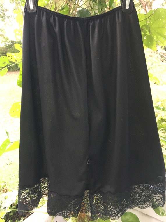Vanity Fair Half Slip. Size Large/42. Nylon Lace … - image 6
