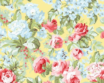 Simply Chic Yellow Roses Floral Garden Benartex Fabrics #6979 By the Yard