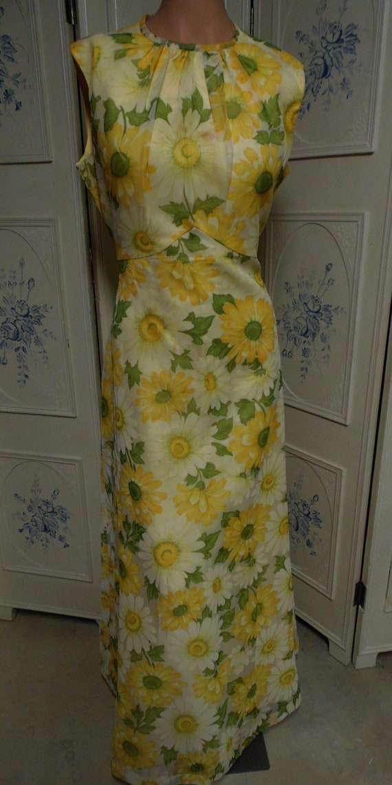 1970 Yellow Flowered  Hostess Gown with Coat, Size