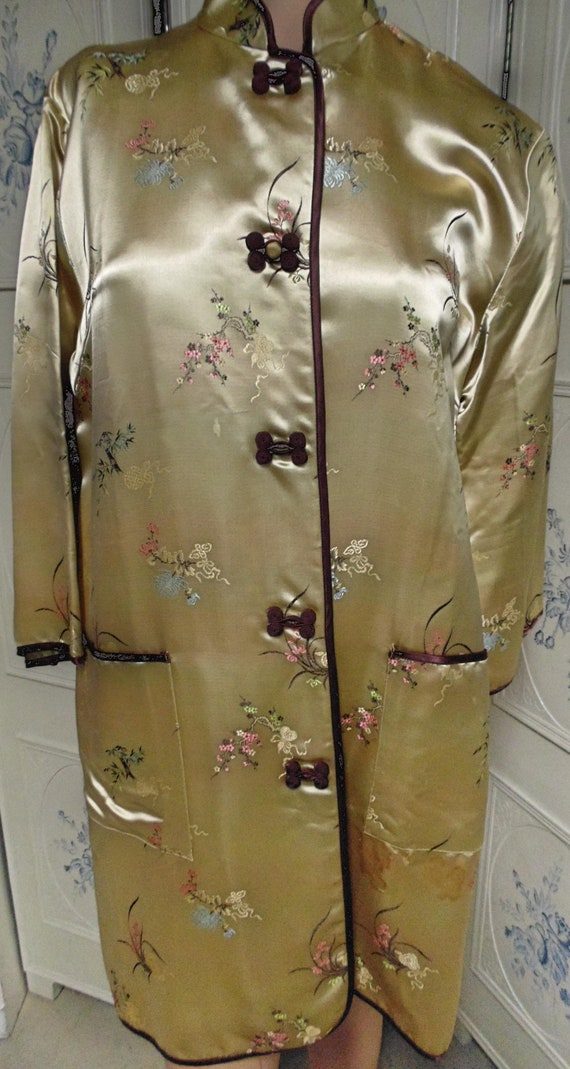 Vintage Chinese Robe, Size 38, Made in Shanghi, Ch